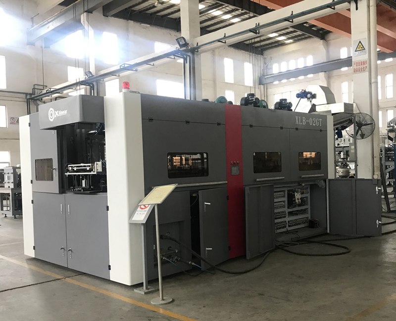 XLB-02GT Linear Type Blow Molding Machine Is Under Testing